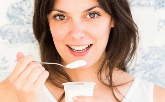 Ăn sữa chua vào mùa đông mang lại rất nhiều lợi ích