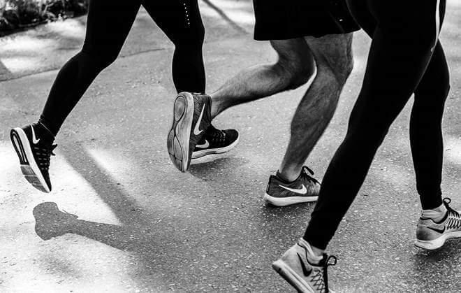 Chạy bộ và đi bộ giảm cân