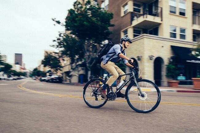Dùng xe đạp cũng là một phương pháp bảo vệ môi trường