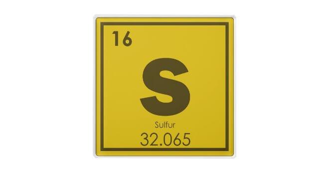 Lưu huỳnh là một phi kim phổ biến