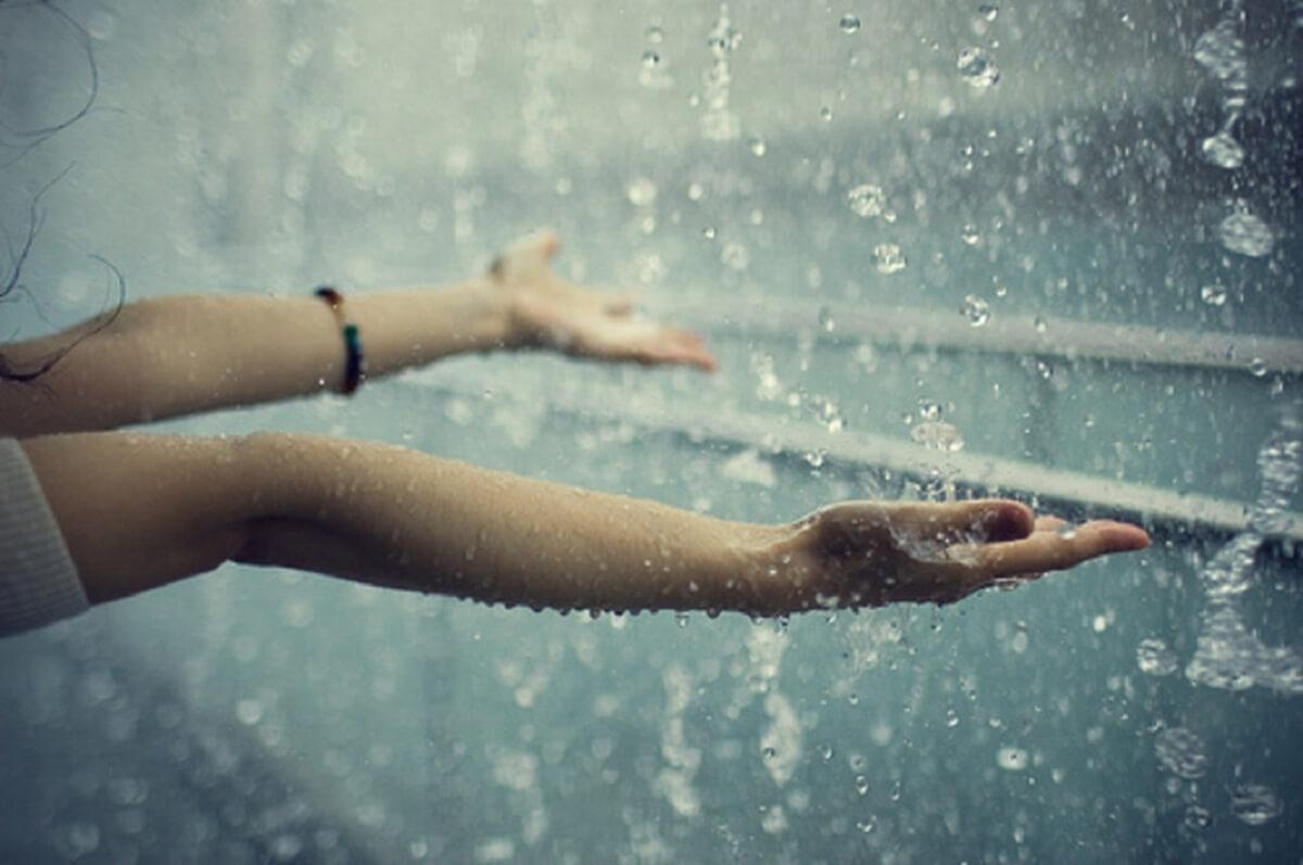 Nước mưa hiện nay không còn sạch như xưa