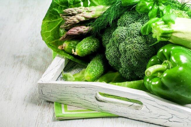 Những loại rau xanh sẫm thường có chứa protein