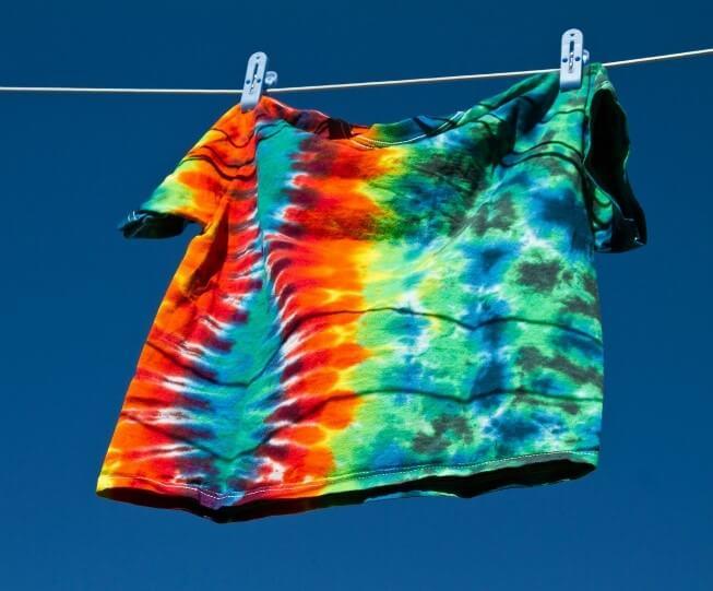 Phèn nhôm được sử dụng để nhuộm màu quần áo
