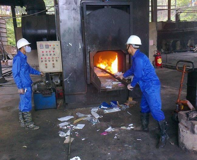 Rác thải nên được đốt trong lò để giảm thiểu ảnh hưởng tiêu cực tới môi trường