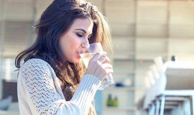 Uống nước giúp thanh lọc cơ thể