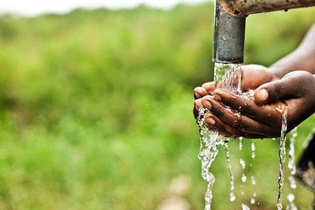 Vật liệu lọc nước là những vật liệu giúp lọc nước sinh hoạt