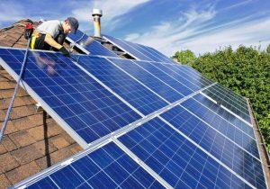 Chi phí lắp đặt là nhược điểm còn tồn tại của năng lượng mặt trời