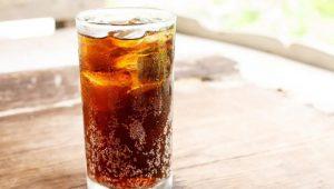 Cola trong nước giải khát làm cơ thể tiêu thụ một lượng photpho lớn