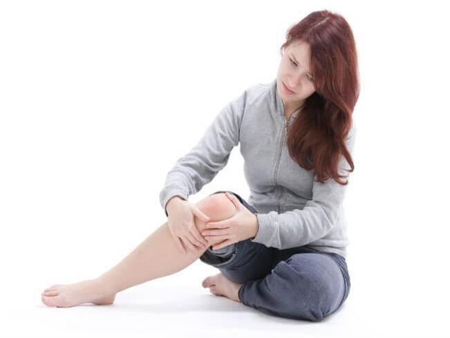 Luôn giữ ấm cơ thể để tránh bị đau khớp
