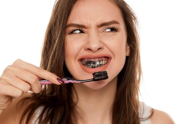 Răng chắc khỏe và sạch sẽ