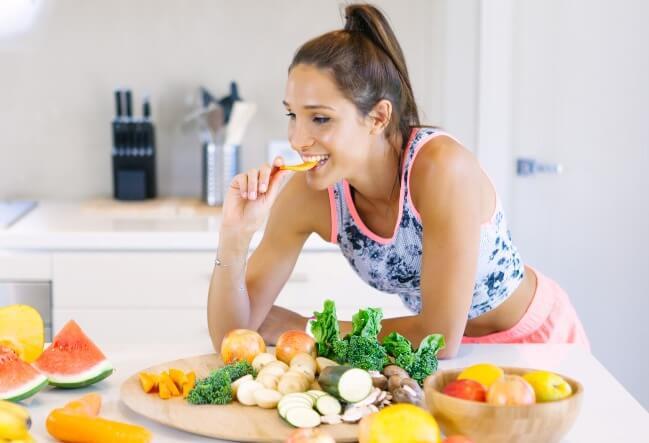 Chăm sóc da mùa đông và kết hợp một chế độ ăn uống lành mạnh