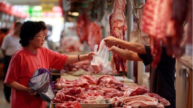 Nên mua thịt rõ nguồn gốc xuất xứ và đã được kiểm dịch