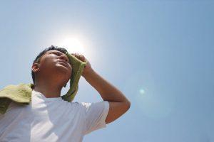 Nguyên nhân khiến cơ thể mất nước là do cơ thể không bù kịp lượng nước đã mất