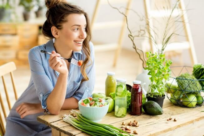 Những cách ăn uống giúp thanh lọc cơ thể
