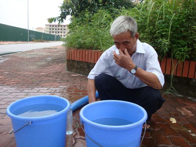 Nước có mùi hôi, tanh mang nhiều nguy cơ tiềm ẩn