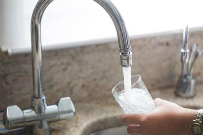 Sử dụng máy lọc nước là một lựa chọn thông minh