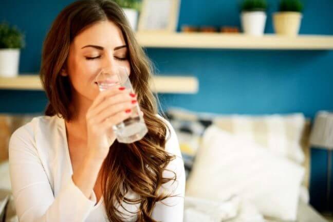 Uống nước đúng cách có lợi cho cơ thể