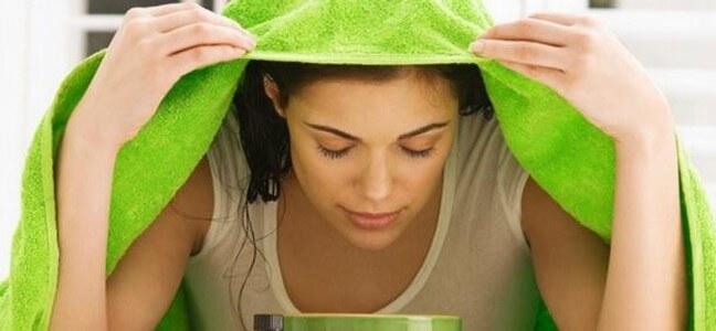 4 cách xông mặt trị mụn ẩn đơn giản tại nhà