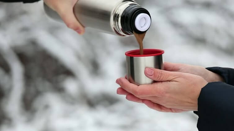 Bình giữ nhiệt thường được ưu tiên dùng vào mùa lạnh