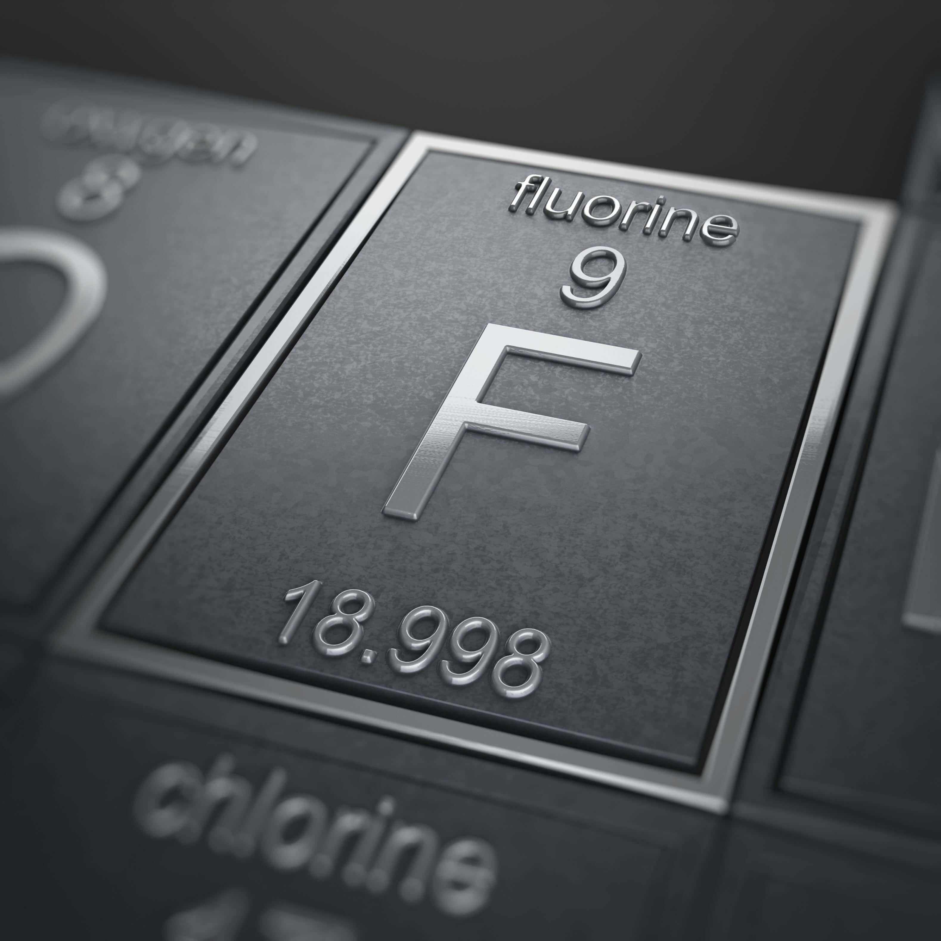 Flo còn được xếp cùng với những chất độc đáng sợ như chì, asen, thủy ngân
