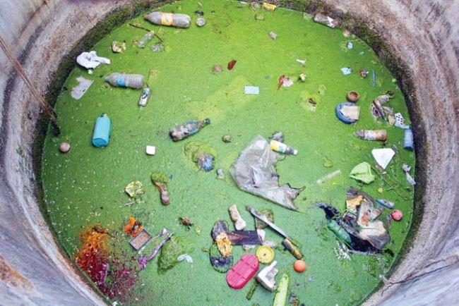 Dấu hiệu và cách xử lý nước giếng khoan bị ô nhiễm
