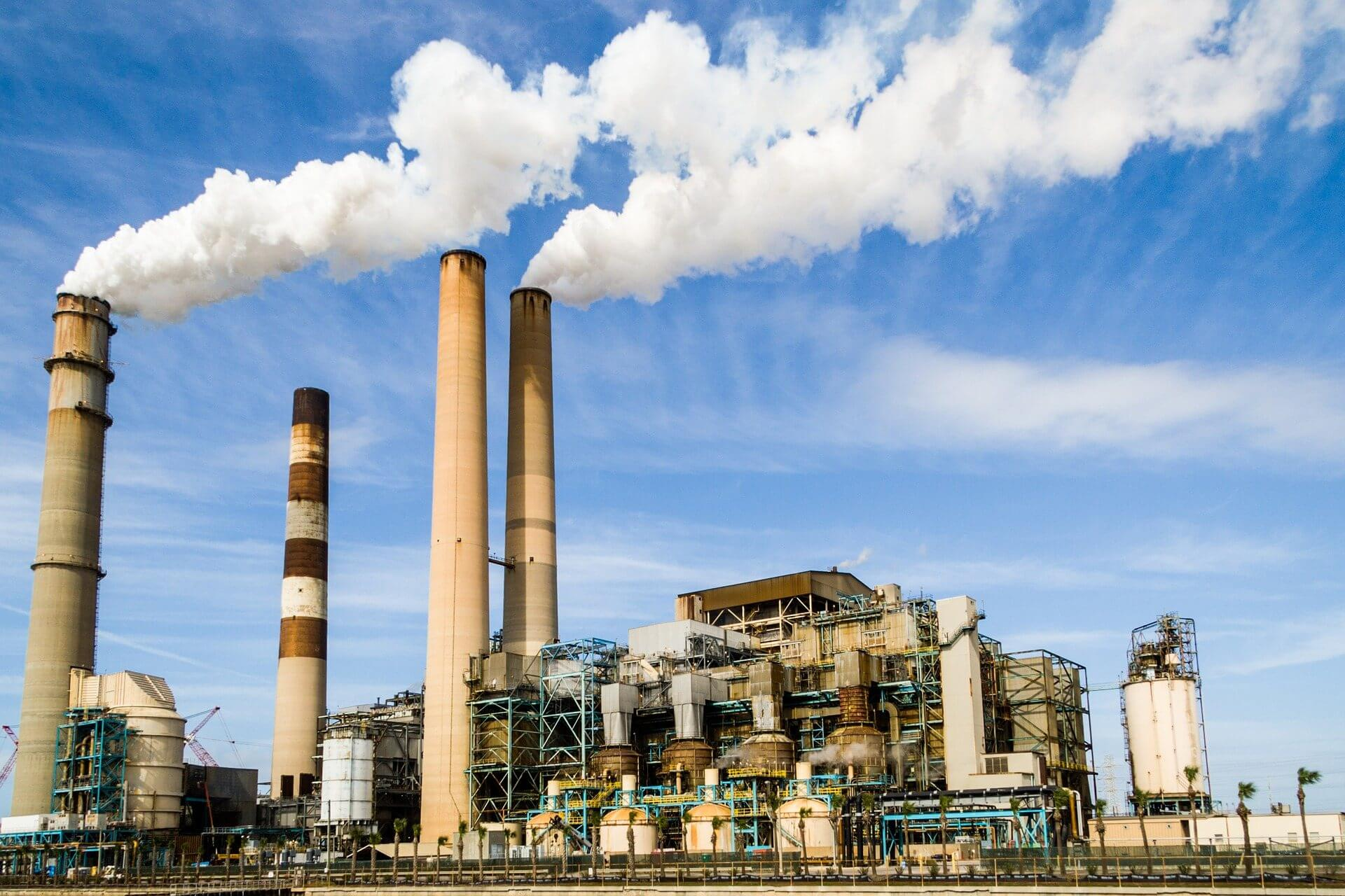 Phát triển nền công nghiệp là nguyên nhân chính dẫn đến ô nhiễm không khí