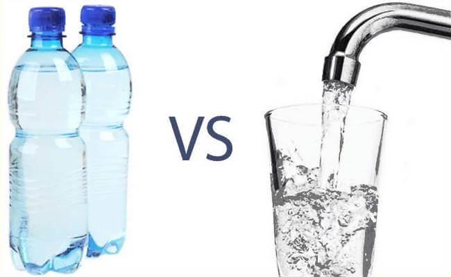 Nước ion kiềm: Đóng chai hay máy lọc