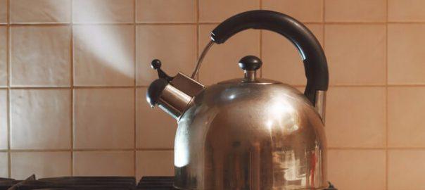 Những sai lầm khi uống nước đun sôi để nguội