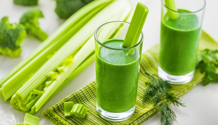 Nghiên cứu thành phần trước khi bắt đầu uống nước ép giảm cân