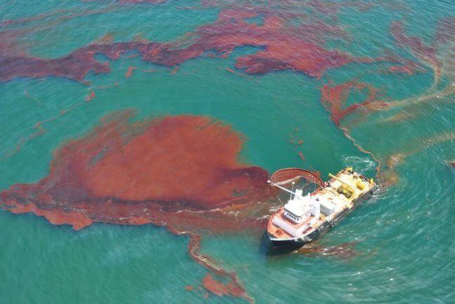 Ô nhiễm dầu tràn