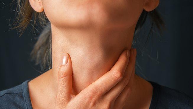 Những mẹo trị đau họng tại nhà